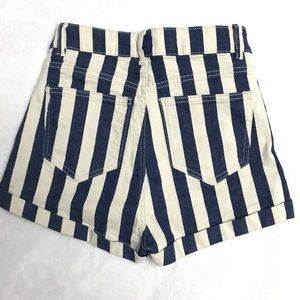 H&M Shorts - Divided H&M Striped Denim Short sz:4